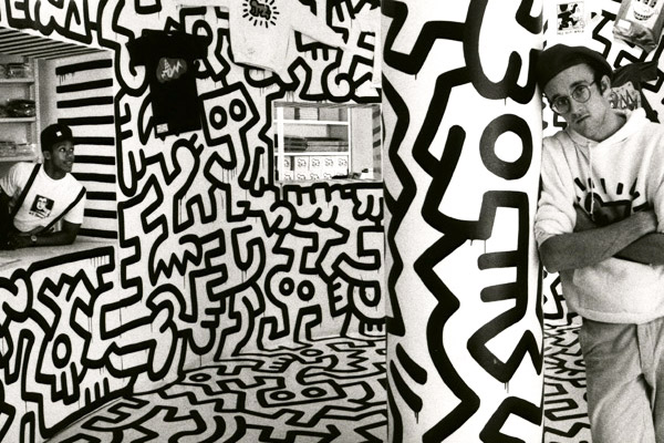 keith Haring nel suo Pop Shop