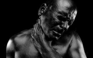 Black & Light di Claudio Martinez. - Crosswise Ziguline