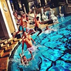 Boys jumping in the Neptune pool! #hearstcastle #sansimeon #neptunepool #cannonball @rharris_ by amandahearst