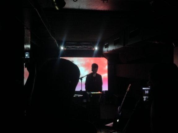 LIM durante il suo live alla serata Linoleum