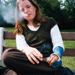 ohio-teen-with-cast-ed-templeton-teenager-smokers-ziguline