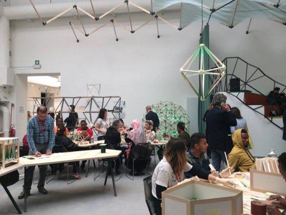 Green Light Workshop di Olafur Eliasson, Viva Arte Viva, Giardini
