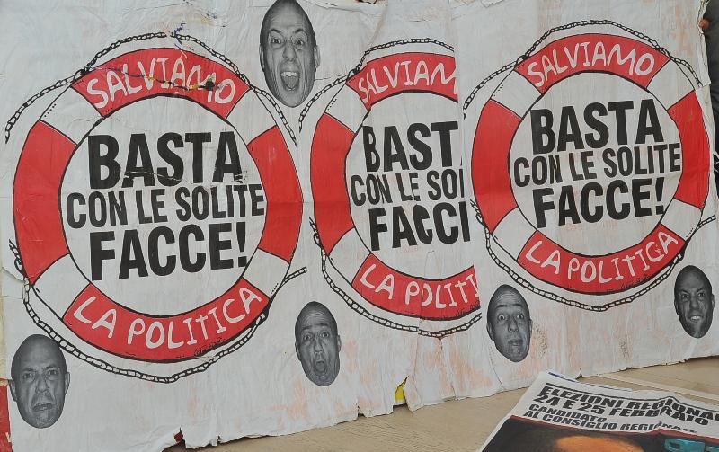 M.E.R. d.A. Manifesti Elettorali Rettificati da Asporto allo Spazio per l'Arte Bianco Contemporaneo